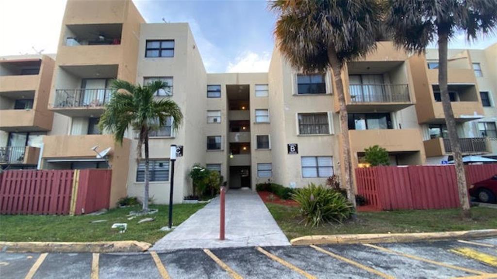 8002 Sw 149th Avenue #b118 Property Photo