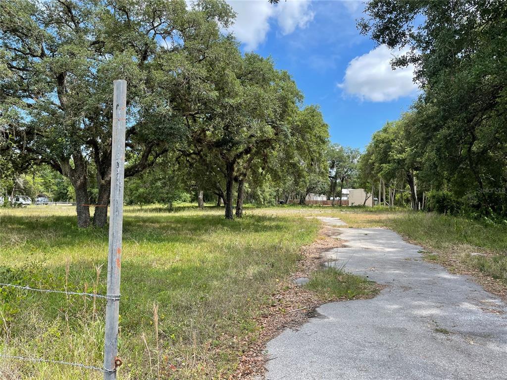 24918 E Colonial Drive Property Photo
