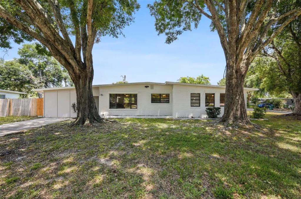 1202 Princeton Road Property Photo