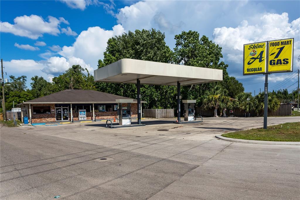 467 W Church Avenue Property Photo