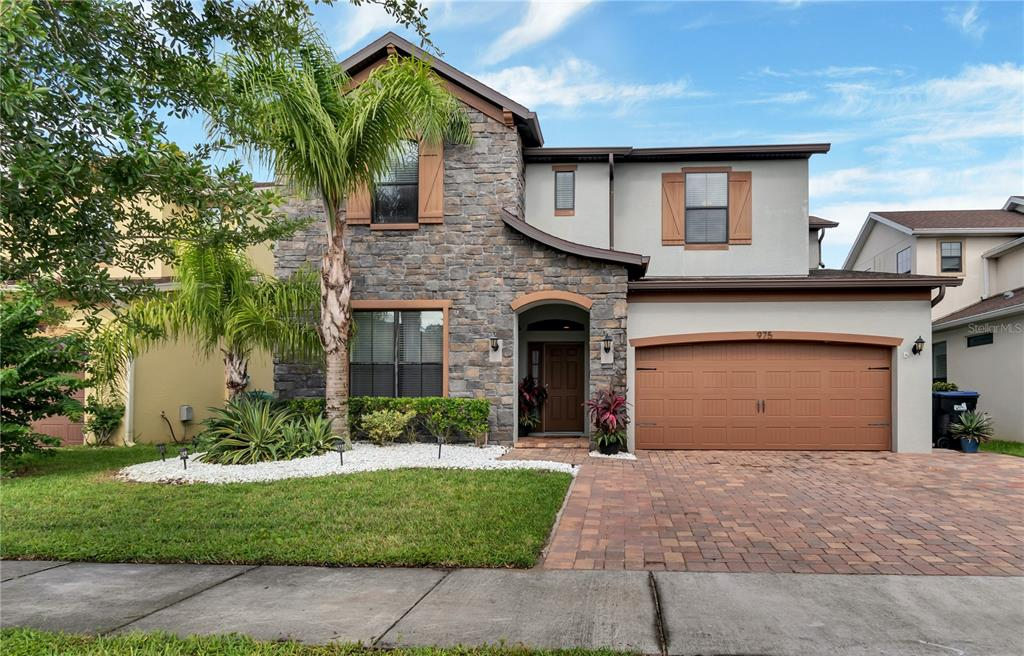 975 Fountain Coin Loop Property Photo 1