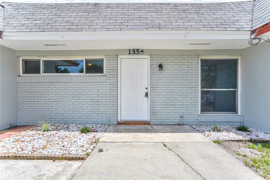 155 W Towne Place Property Photo