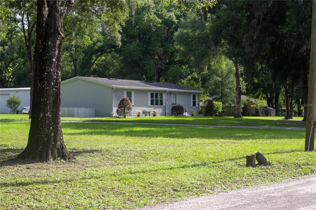 377 Tangerine Avenue Property Photo