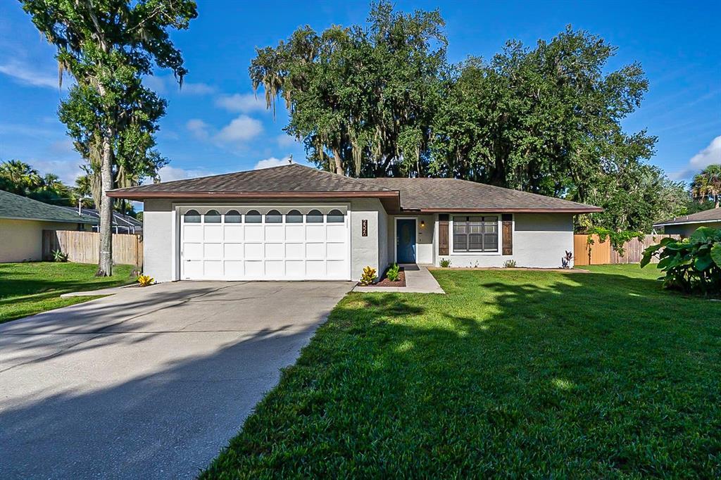 2526 Needle Palm Drive Property Photo
