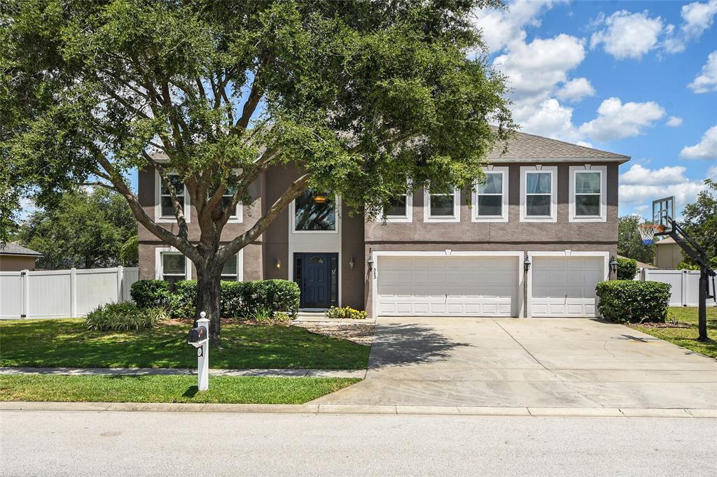 363 Medallion Place Property Photo