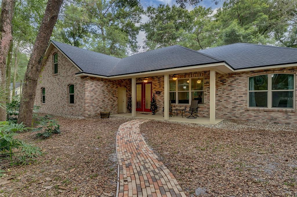 2190 Lauren Lane Property Photo 1