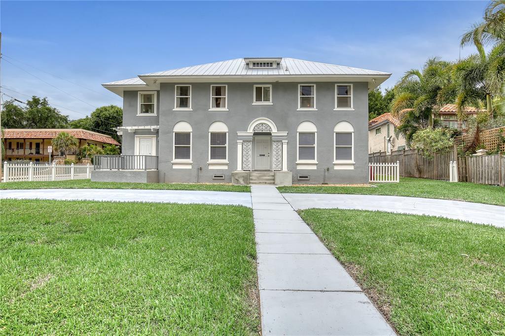117 Riverside Drive Property Photo