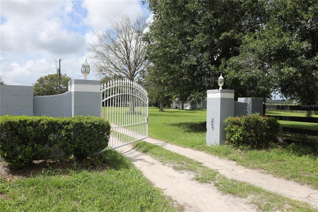 31825 Investor Road Property Photo