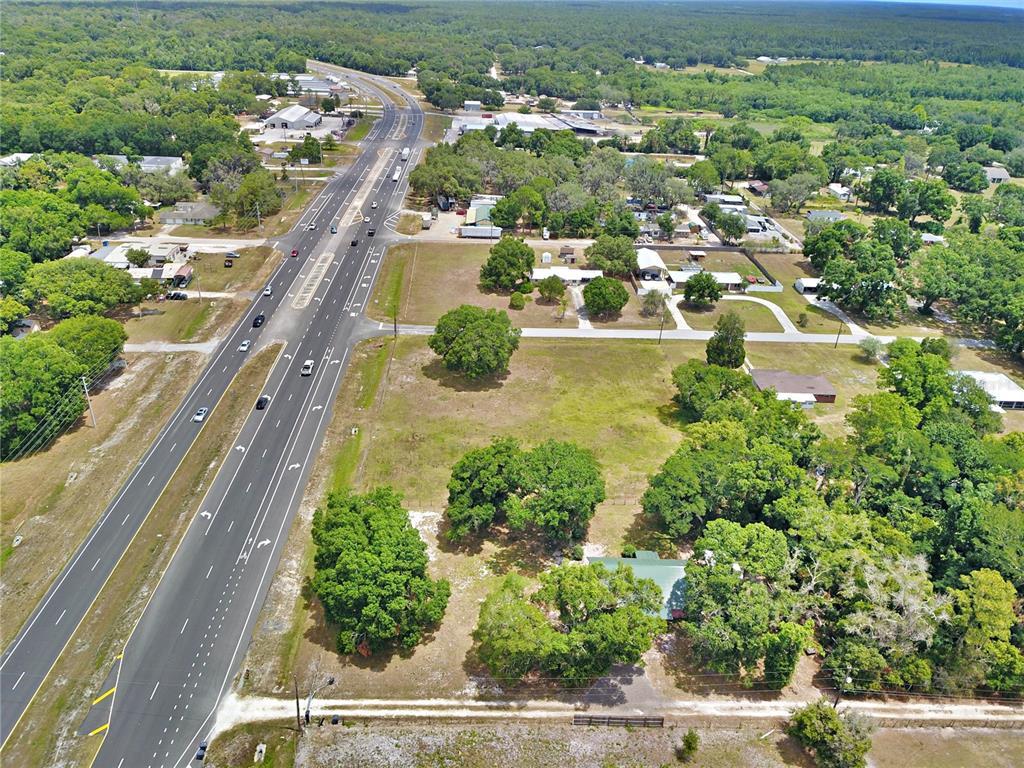 8755 Us Highway 98 N Property Photo 1