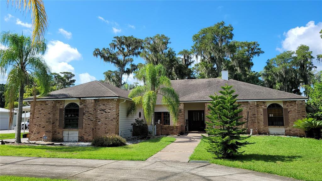 10637 Lake Louisa Road Property Photo 1