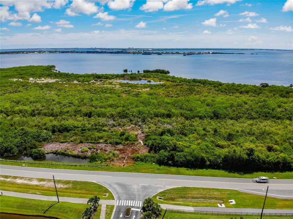 3200 S Courtenay Parkway Property Photo