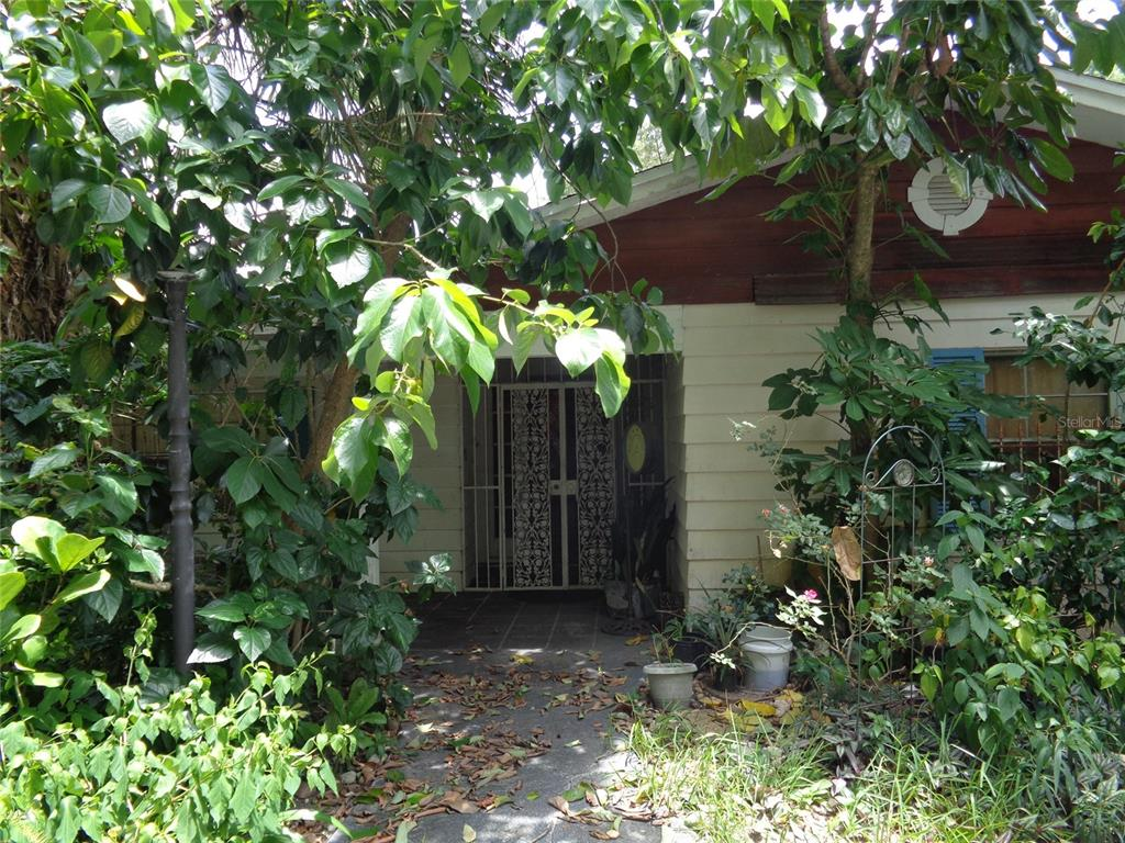 8121 Conroy Windermere Road Property Photo 1