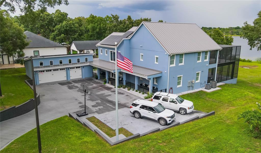 1317 Spring Lake Ter Terrace Property Photo 1
