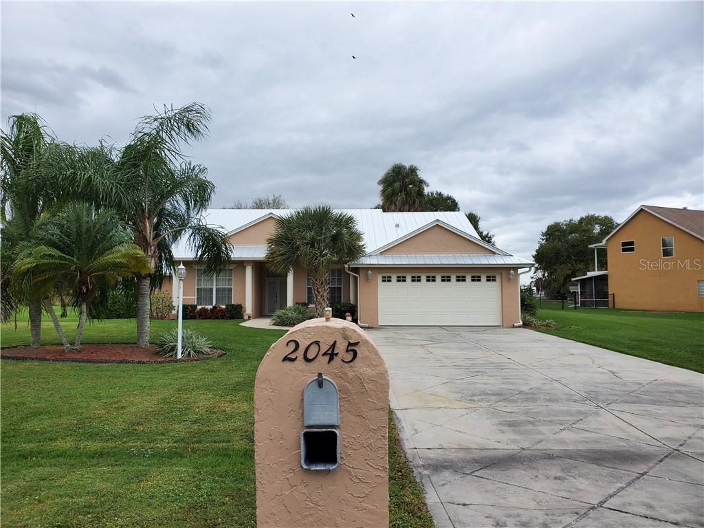 2045 9th Ave Se Property Photo