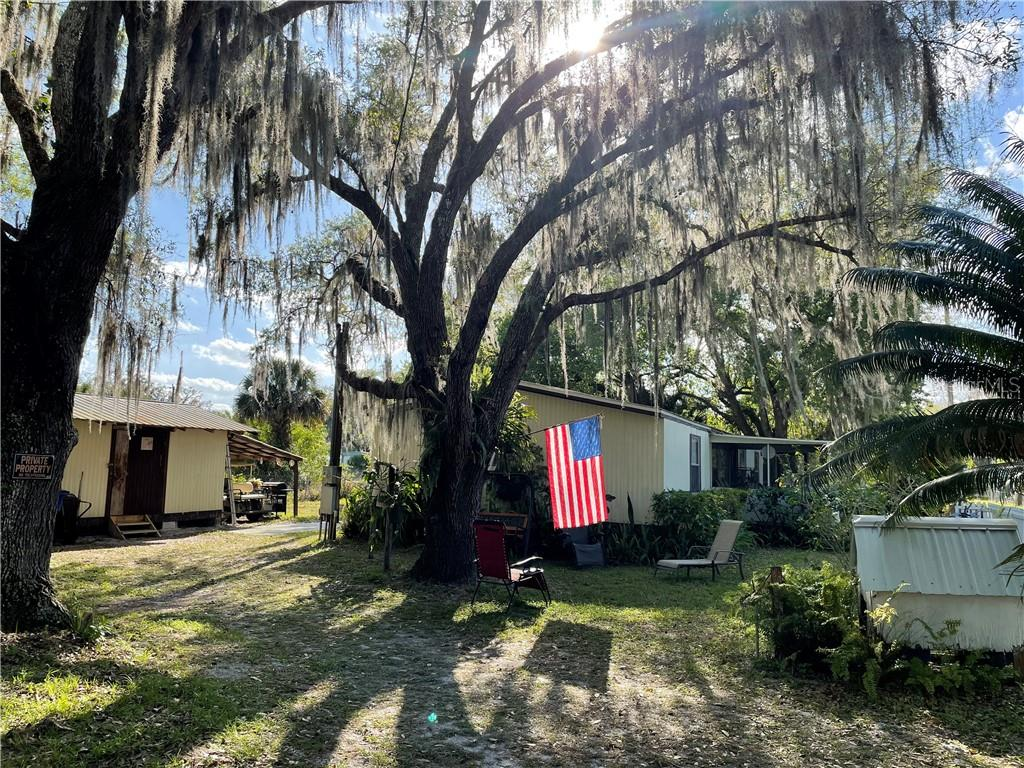 15 COUNTRY ROAD Property Photo - LORIDA, FL real estate listing