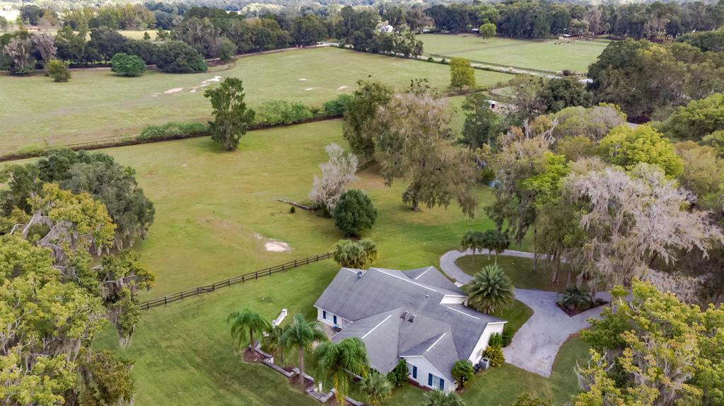 8390 Nw 60th Avenue Property Photo