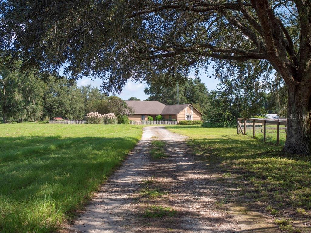 1001 NE 105TH LANE Property Photo