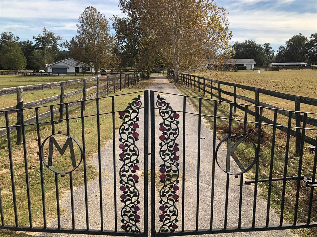 12181 N Magnolia Ave Property Photo