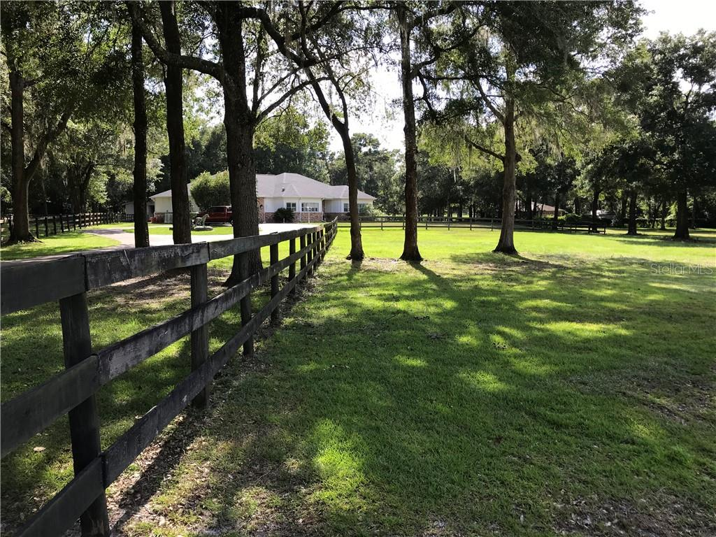 8490 NW 118TH TER Property Photo - OCALA, FL real estate listing