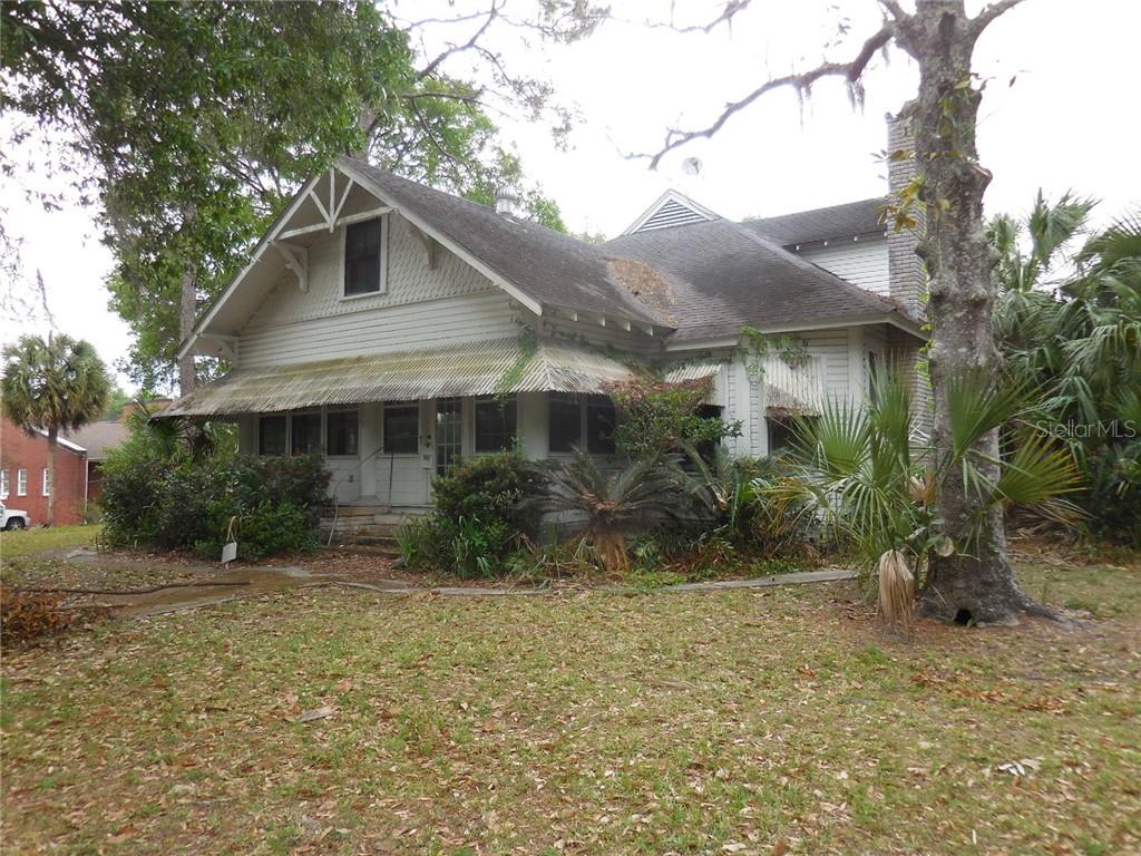 51 PICNIC STREET Property Photo - BRONSON, FL real estate listing