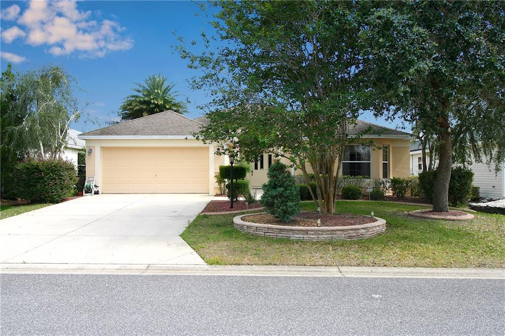 Property Photo - THE VILLAGES, FL real estate listing