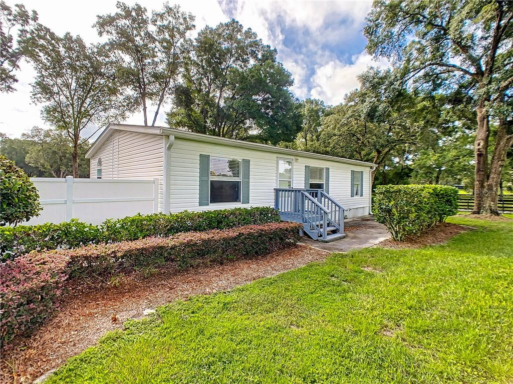 8901 NW 137TH AVE Property Photo - MORRISTON, FL real estate listing