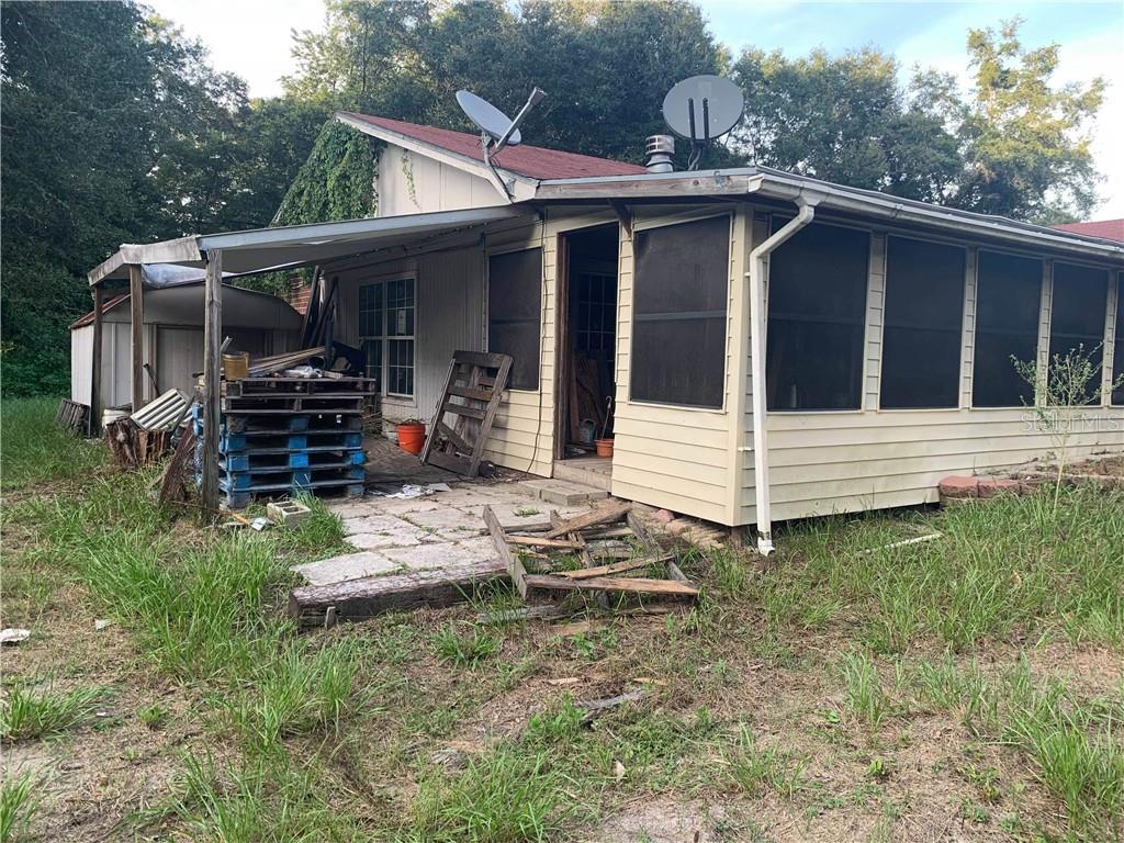 415 SW BEAUFORD PL Property Photo - LAKE CITY, FL real estate listing