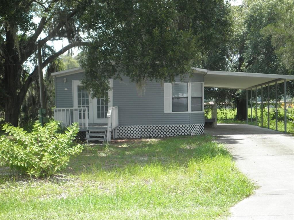 895 CR 481 Property Photo - LAKE PANASOFFKEE, FL real estate listing