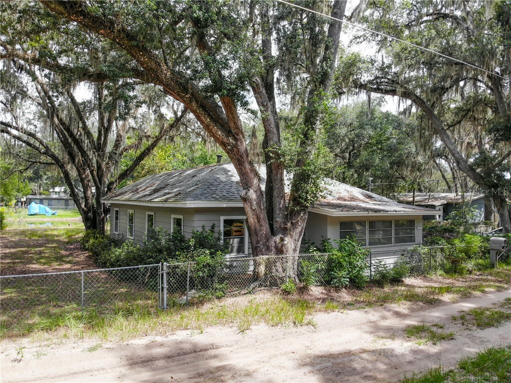 14190 NE 209TH COURT Property Photo - FORT MC COY, FL real estate listing