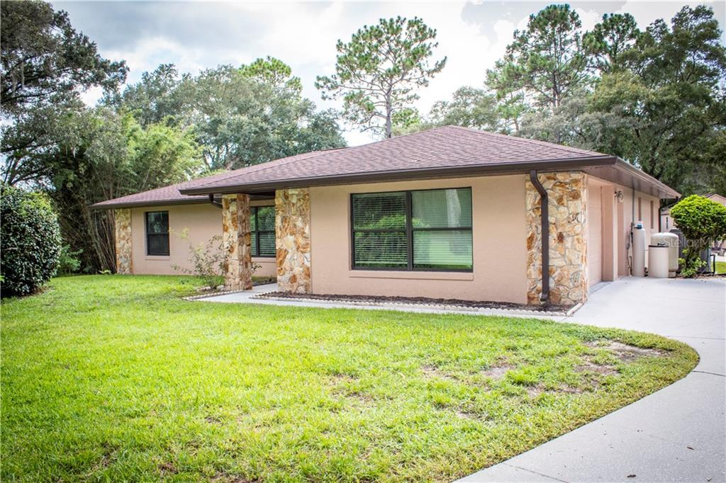 8865 Sw 211th Circle Property Photo