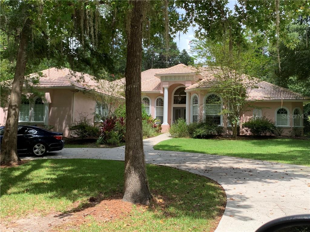 10251 SE 40TH AVENUE Property Photo - BELLEVIEW, FL real estate listing