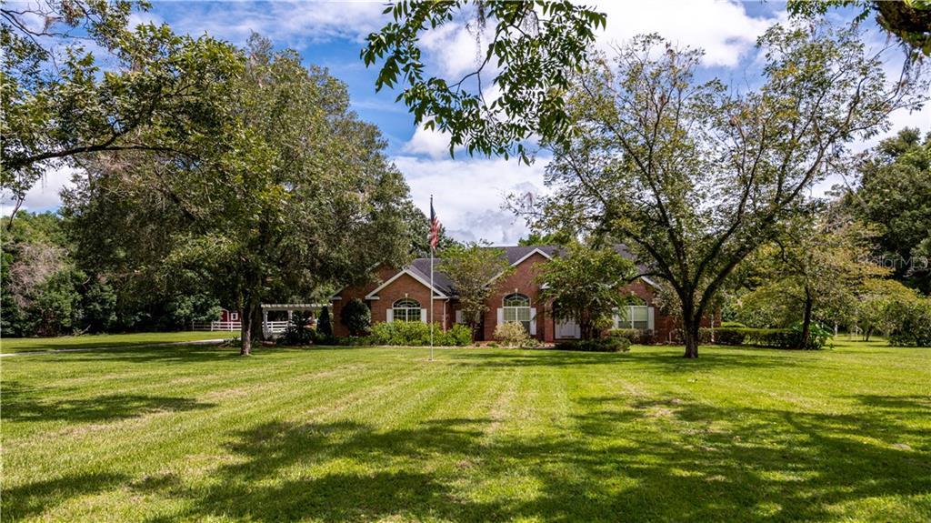 9945 Ne Jacksonville Road Property Photo
