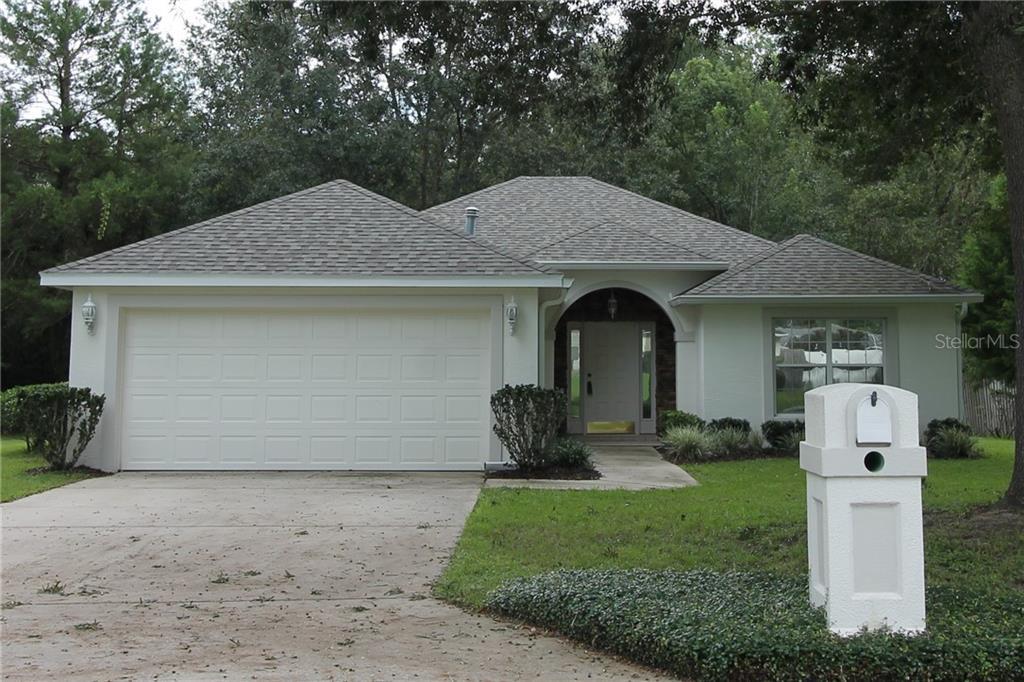 6615 SE 11TH LOOP Property Photo