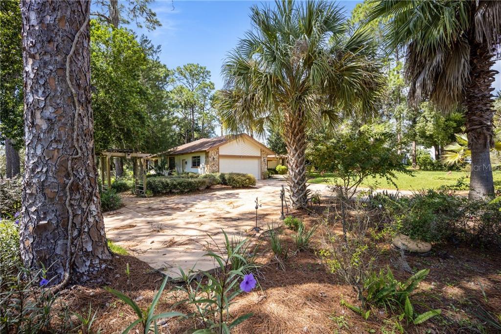 11740 Camp Drive Property Photo