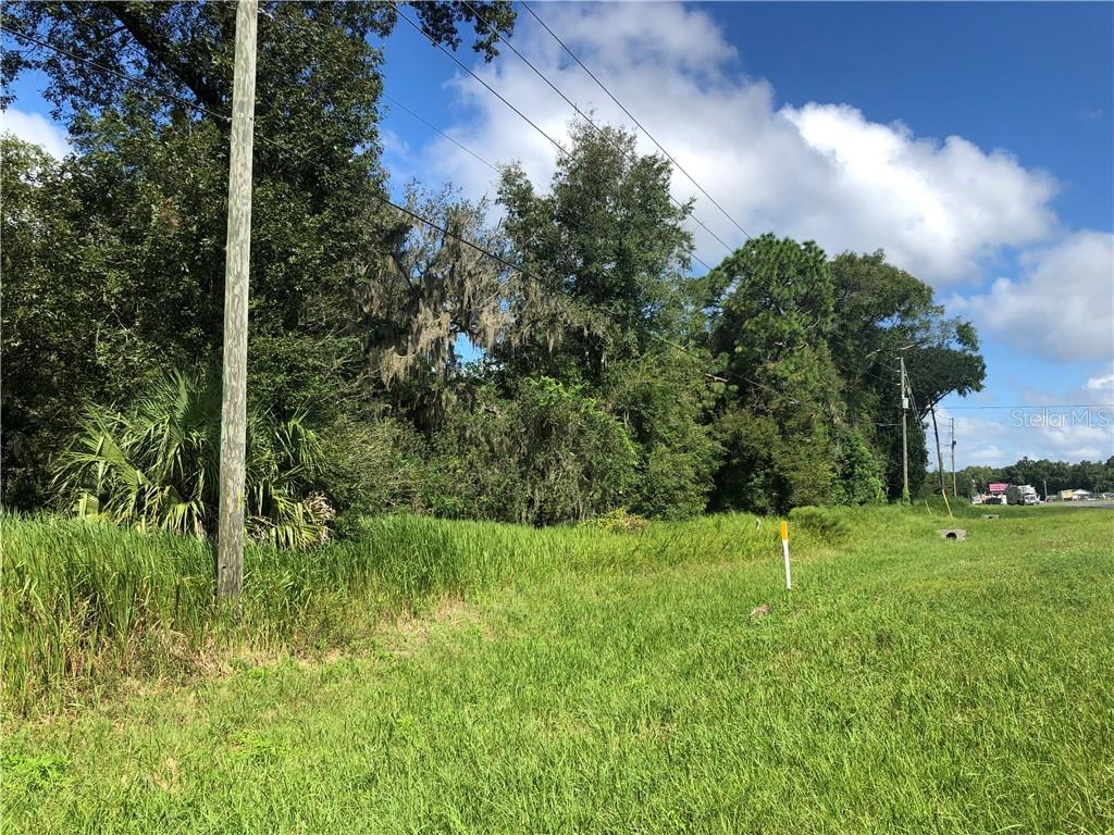 11682 S Us Hwy 301 Property Photo