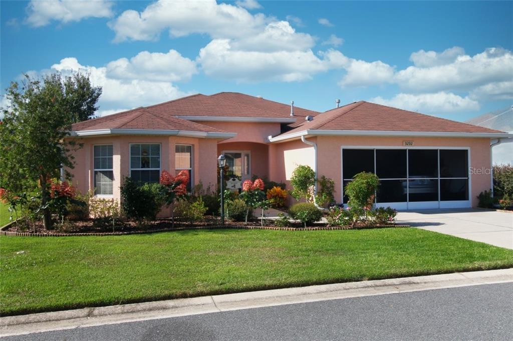 9292 SW 94TH LOOP Property Photo