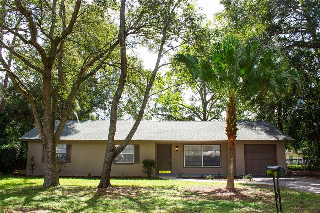 5704 SE 2ND PLACE Property Photo