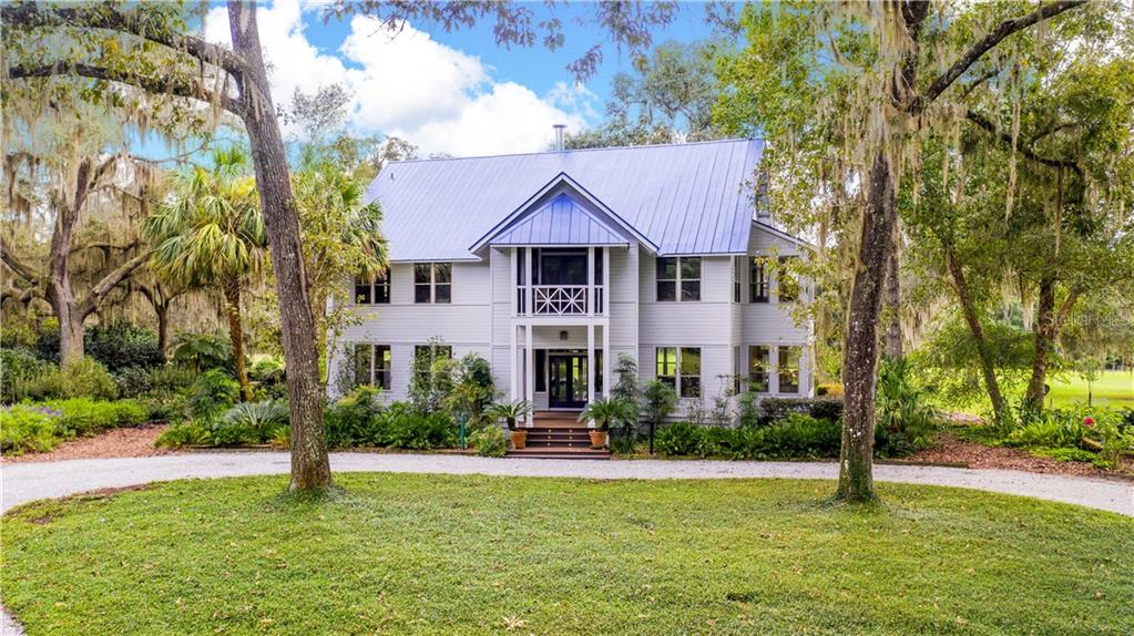 12215 SE COUNTY ROAD 234 Property Photo - MICANOPY, FL real estate listing