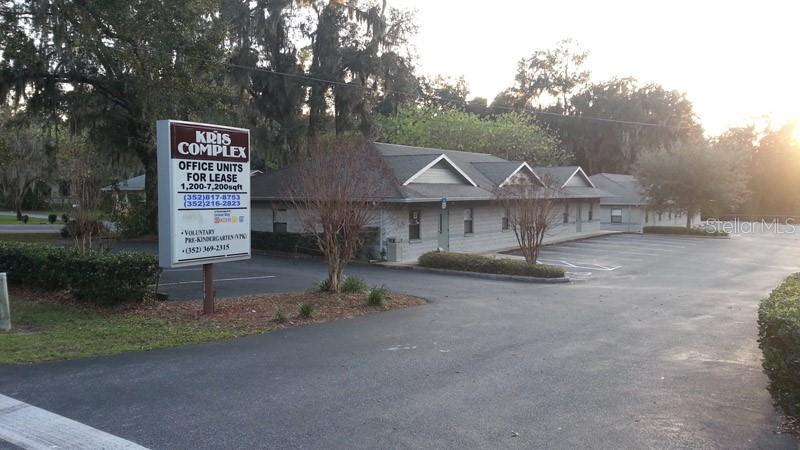 3300 Se Lake Weir Avenue Property Photo
