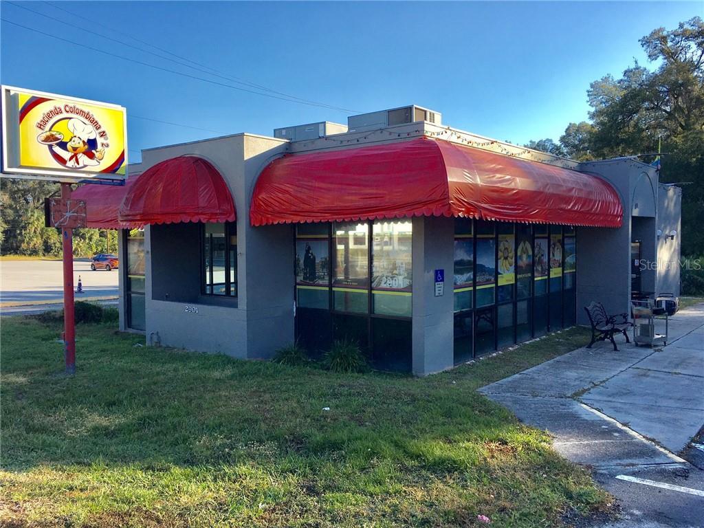 2901 Ne Jacksonville Road Property Photo