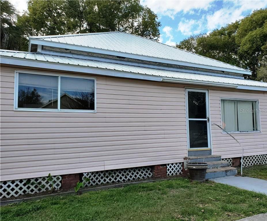 11836 Cedar Street Property Photo