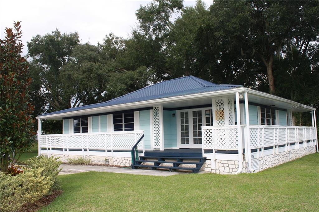 926 Laura Street Property Photo