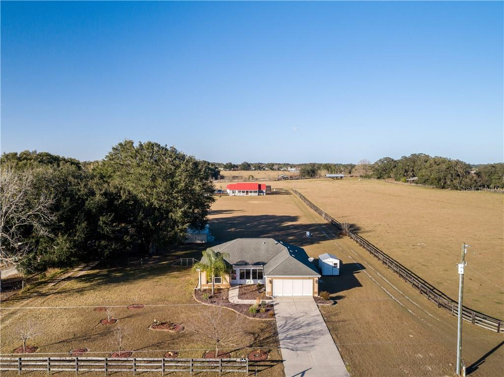 7411 SE 180TH STREET Property Photo - OXFORD, FL real estate listing