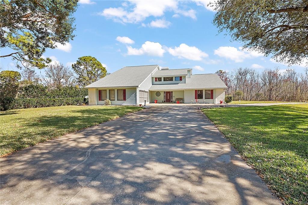 12545 S PUTNEY COURT Property Photo - LEESBURG, FL real estate listing