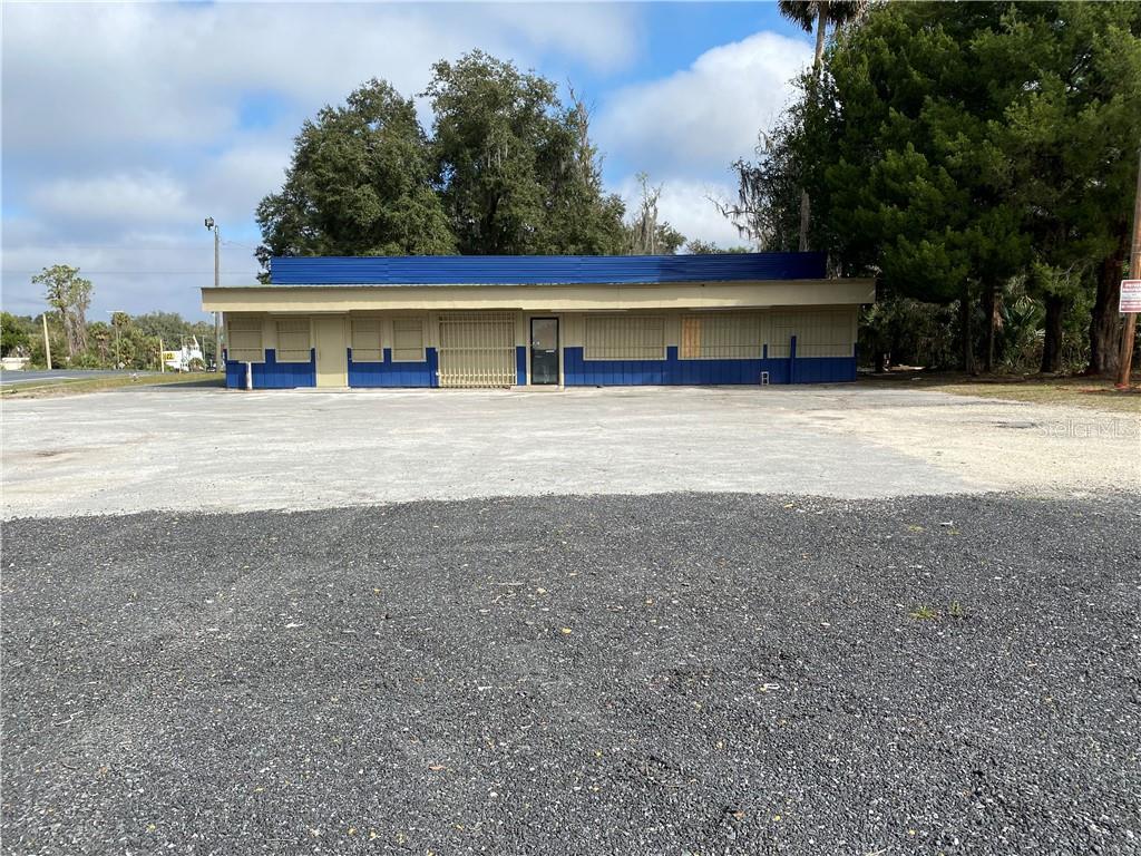 18057 N Us Highway 301 Property Photo