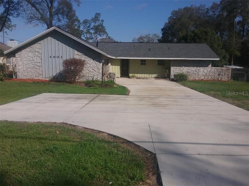 4901 Ne 7th Street Property Photo