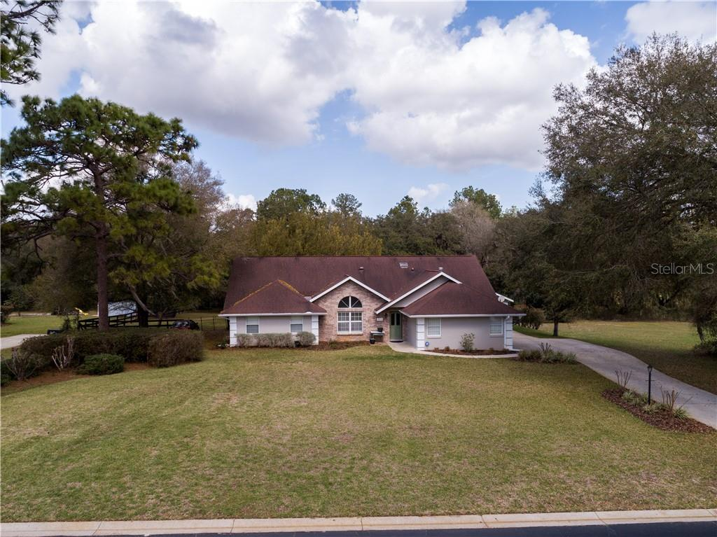 5915 NE 57 LOOP Property Photo - SILVER SPRINGS, FL real estate listing