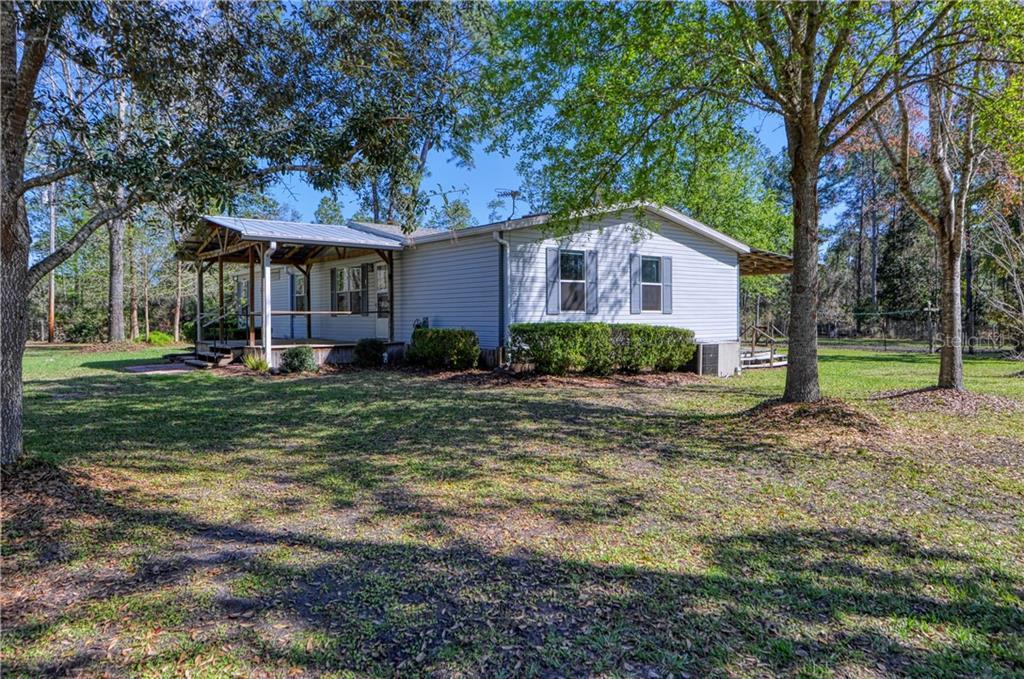 11576 NE 220TH STREET Property Photo - FORT MC COY, FL real estate listing