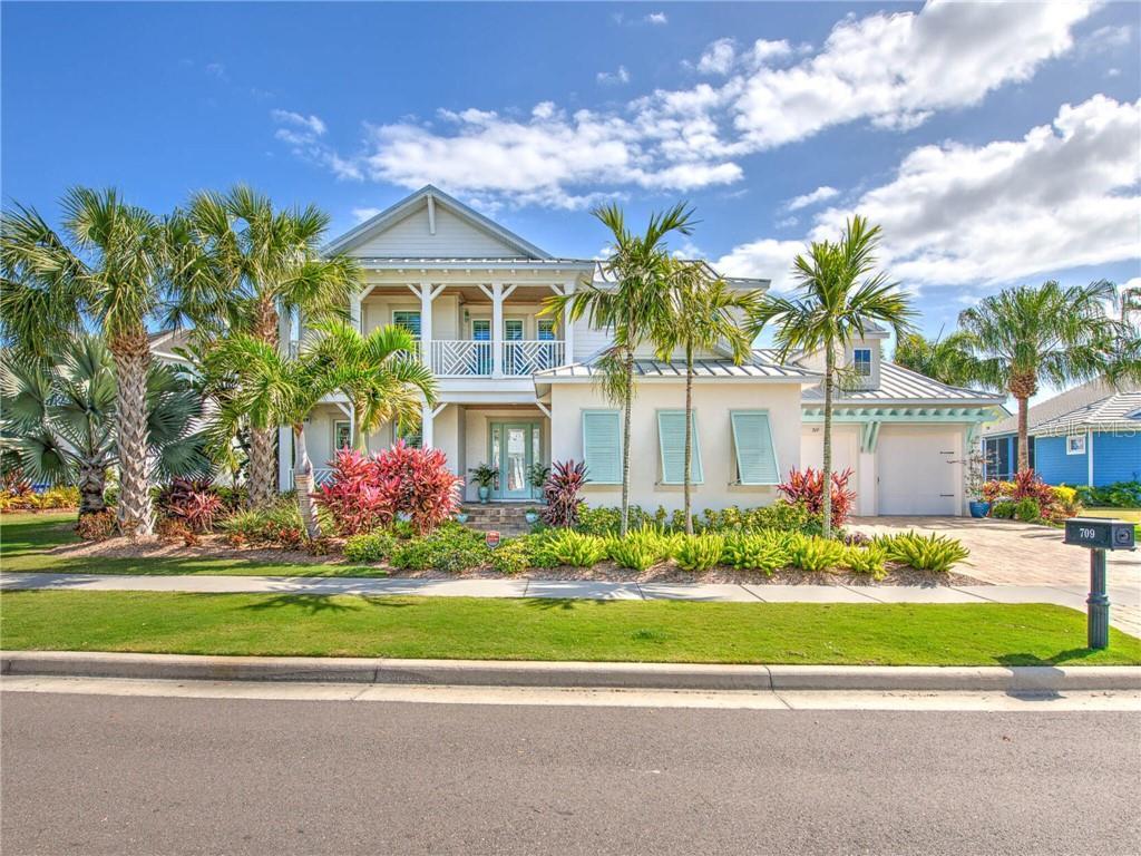 709 MANNS HARBOR DRIVE Property Photo - APOLLO BEACH, FL real estate listing