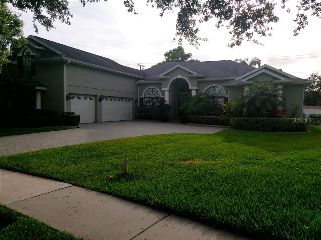 1036 CARRIAGE PARK DRIVE Property Photo - VALRICO, FL real estate listing